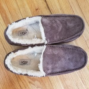 Uggs Slippers,  Men's Size 9, slightly used